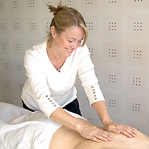 helping-hand-klassisk-massage